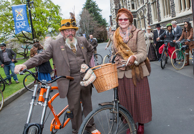 1869 Heritage Festival Tweed ride gallery 2 650px