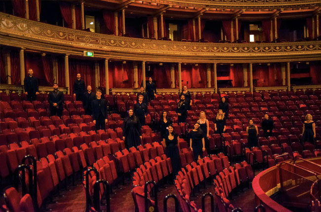 ANews0221 whanau Royal Albert Hall interior 650px