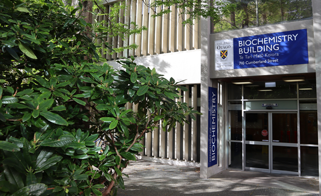 Main entrance to the Otago Biochemistry Building