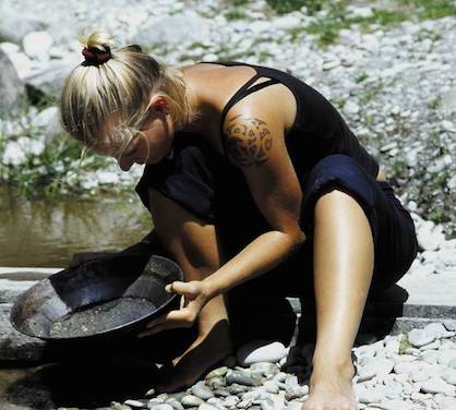 RMIP student panning for gold