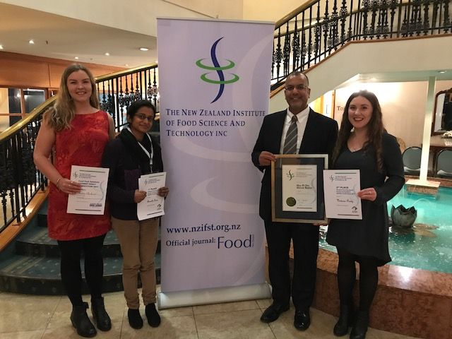 Claudia Clarkson, Aswathi Soni, Victoria Purdy and Dr Aladin Bekhit all winning presenters at the 2017 NZIFST coonference