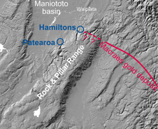 Location of Patearoa on the western side of the northeast trending Rock and Pillar ranges 226px