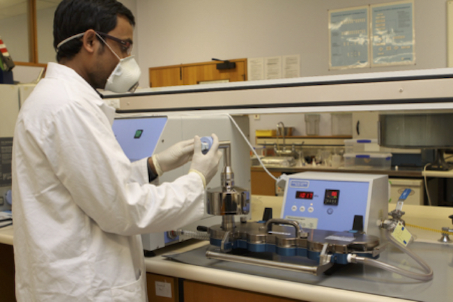 Mohammad Momin in the lab 650