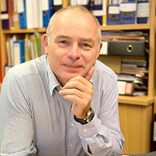 Professsor Richard Edwards 15 April 2020 image 226 x 226