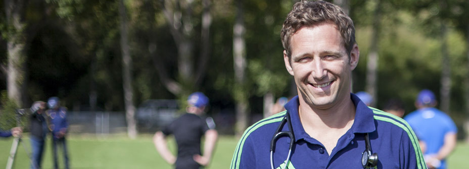 Doctor in the stadium, Profiles, Otago Magazine, University