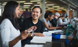 University of Otago students in the Dunedin campus library. Image.