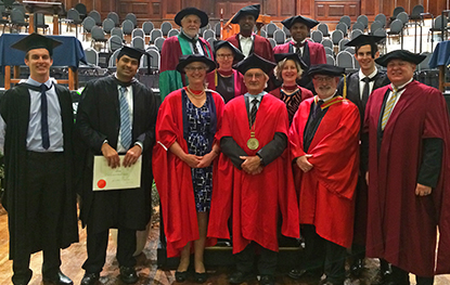 physio_news_Graduation Stanley Paris 2017.cropped