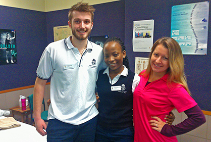 Physio_clinics 3 students in clinic smiling. Sept 2015