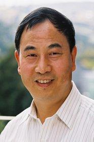 Photo of Associate Professor Zhifa Sun.