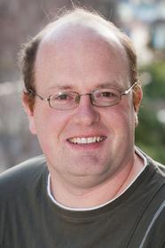 Photo of Mr Simon Harvey.