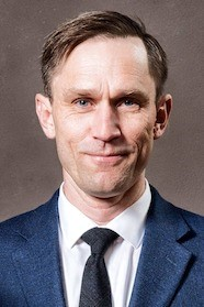 Photo of Associate Professor Niels Kjaergaard.