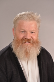 Photo of Associate Professor Colin Fox.