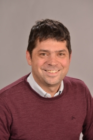 Photo of Associate Professor Jevon Longdell.