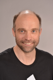 Photo of Associate Professor Mikkel Andersen.